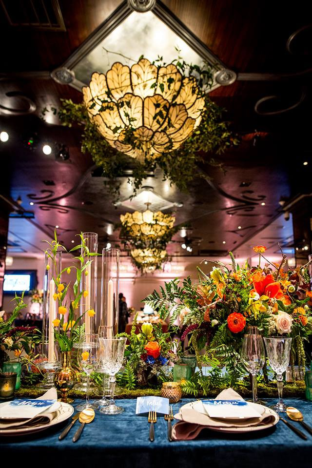 Wedding Show Floral Design and Tablescape in Banquet Hall