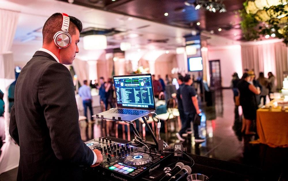 Wedding Show DJ