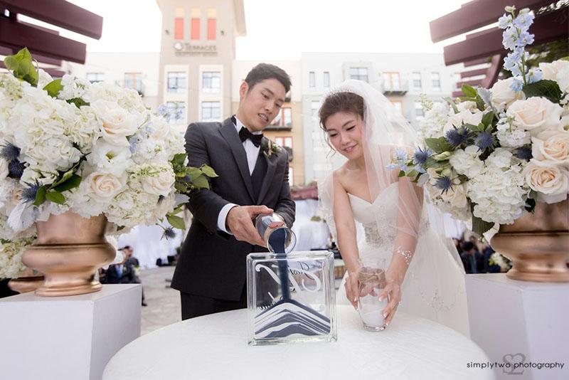 noor outdoor wedding ceremony pasadena sand ceremony