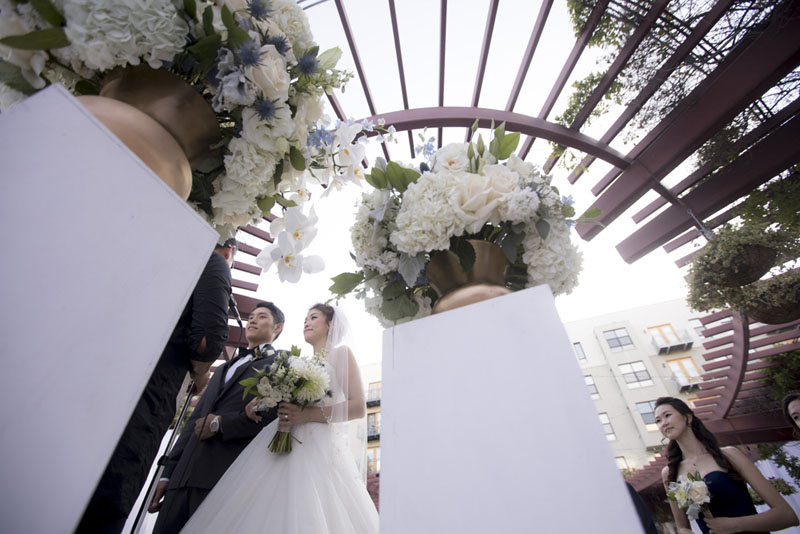 outdoor wedding ceremony pasadena noor terrace