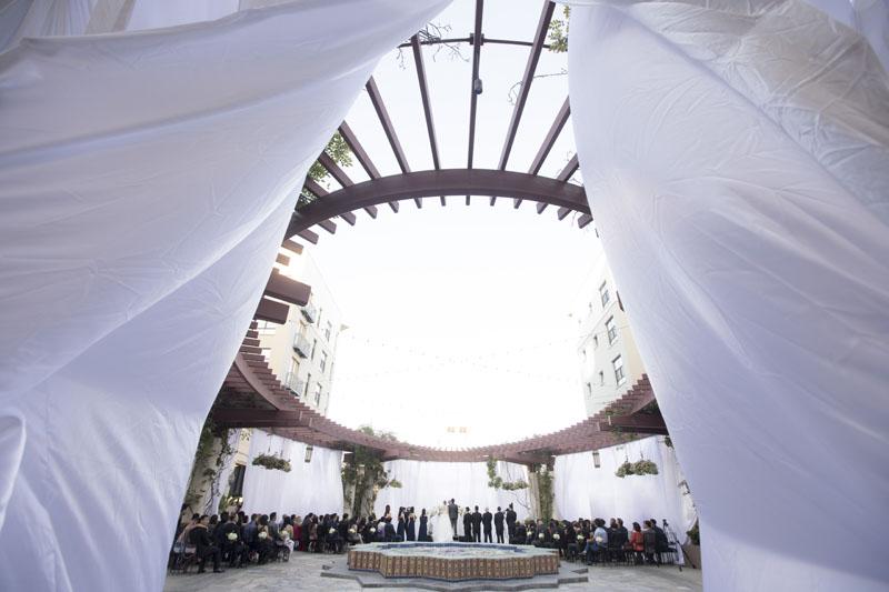 outdoor wedding ceremony pasadena noor terrace